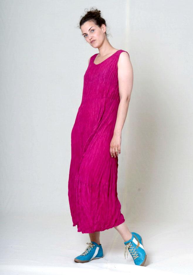 Платье из сжатого шелка